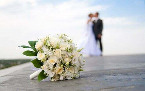tổ chức đám cưới đơn giản tiết kiệm