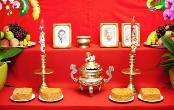 bàn thờ gia tiên ngày cưới